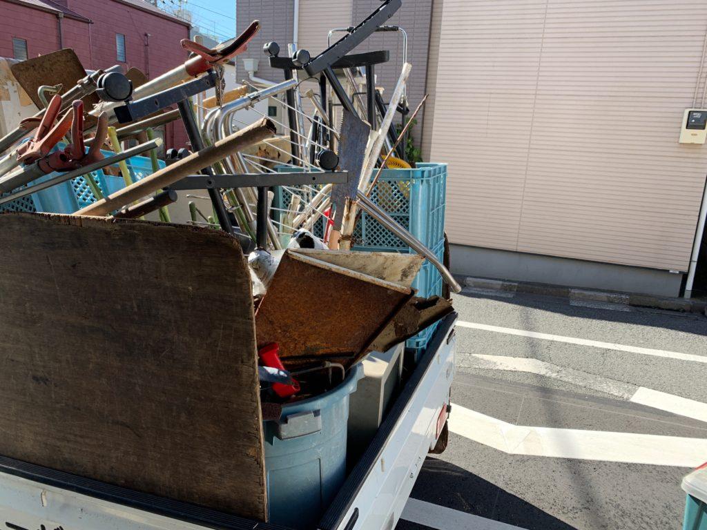 一軒家の残置物処分・回収を行いました。港区(東京都)回収した物の写真2