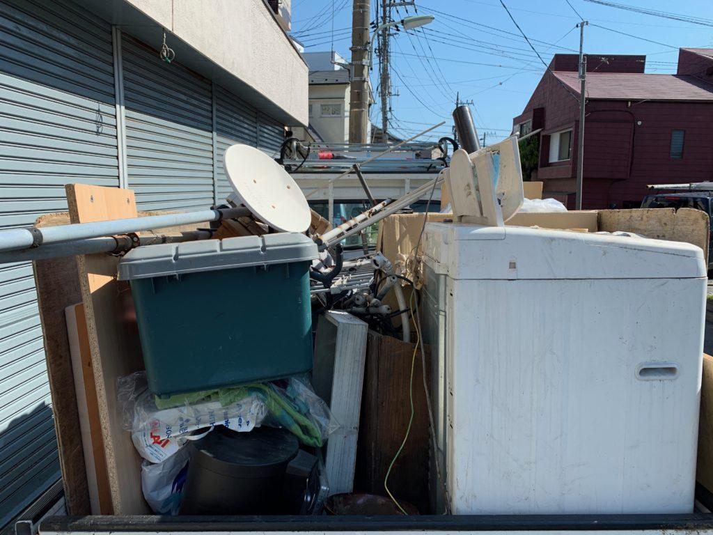 軽トラック一杯パックにて不用品を回収(処分)(中央区)の写真1