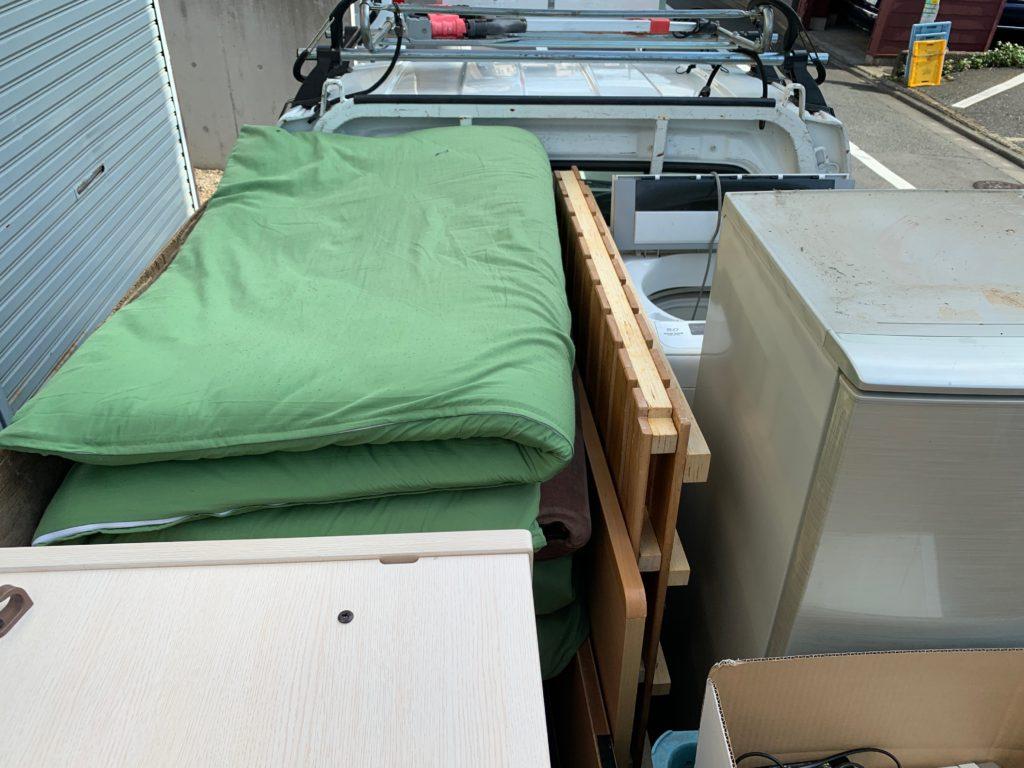 軽トラック一杯パックにてお引越し前の不用品を回収(大田区)の写真1