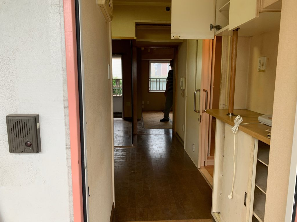 大田区マンション一室の残置物処分後の写真1