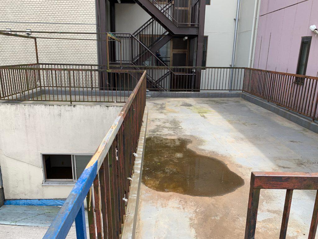 残置物処分の回収撤去後の写真(世田谷区)(屋上)