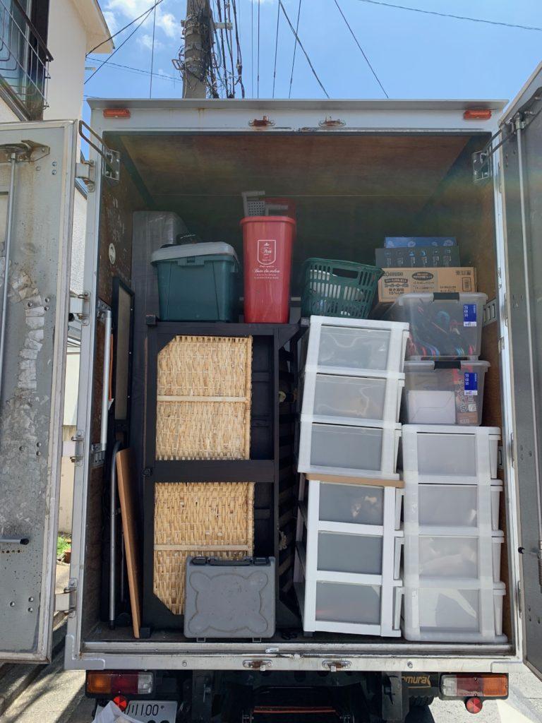 2トンアルミバンでのお引越し前の不用品回収の写真(大田区)