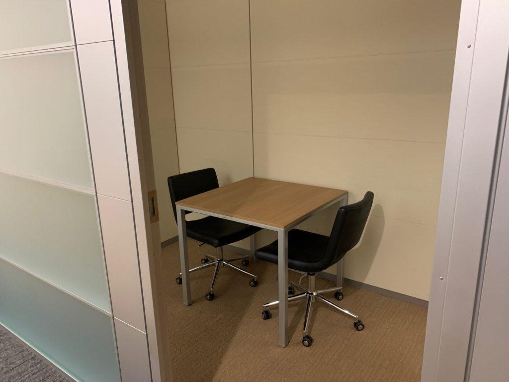 江東区のオフィス(事務所)の不要なオフィス家具の撤去回収前の写真7