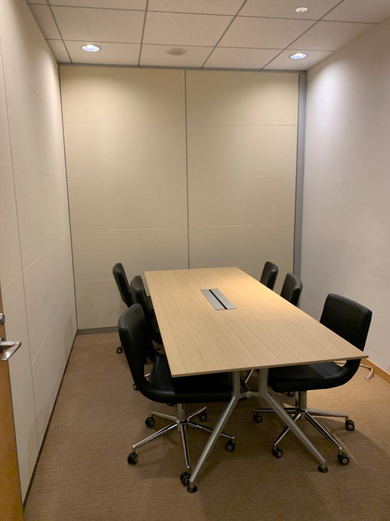 江東区のオフィス(事務所)の不要なオフィス家具の撤去回収前の写真5