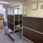 リモート化によるオフィス縮小移転の為、オフィス家具等(残置物処分)を回収。川崎市(中原区)の写真3