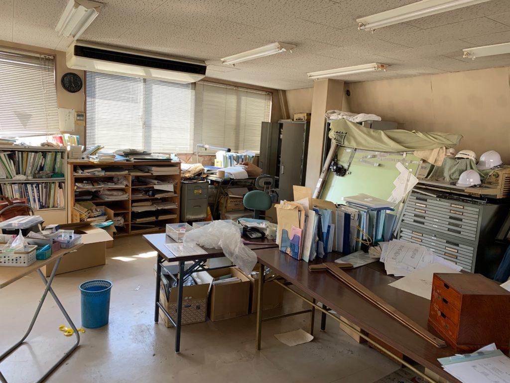 江東区オフィスビル一棟の残置物処分(オフィス家具)の処分の写真15