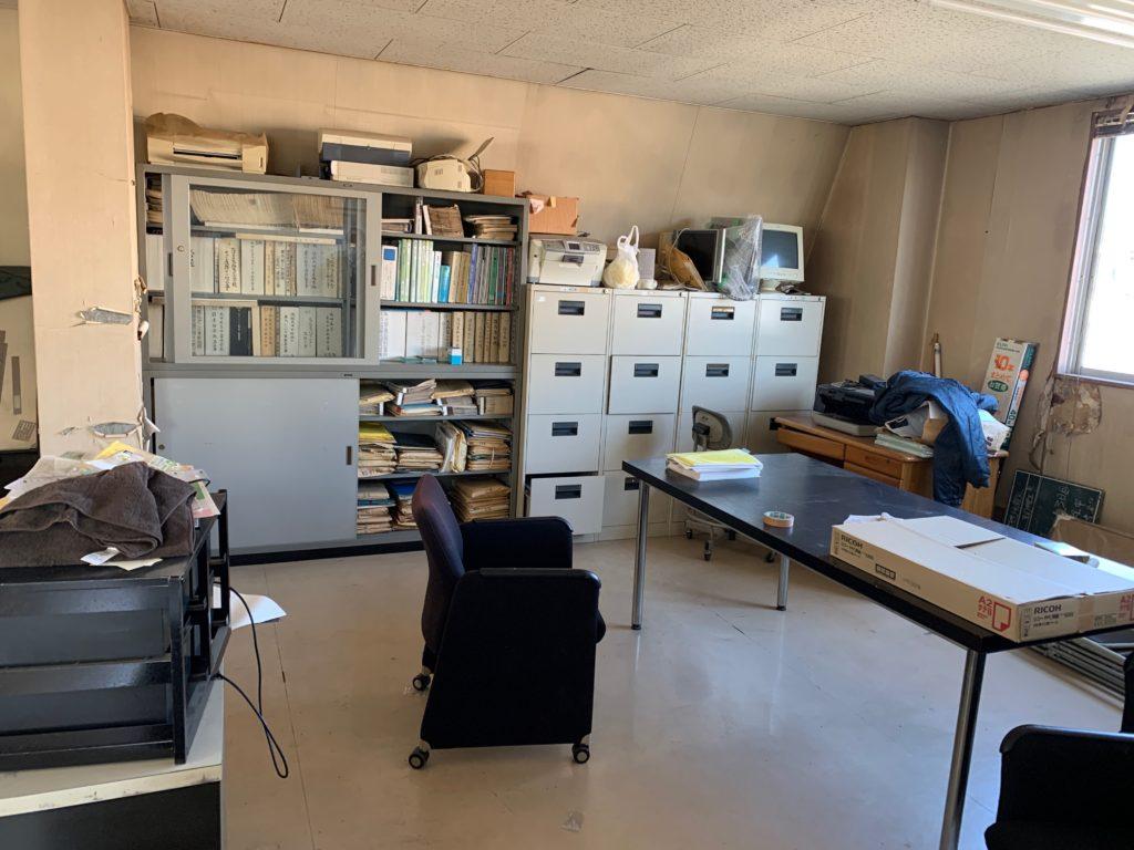 江東区オフィスビル一棟の残置物処分(オフィス家具)の処分の写真14
