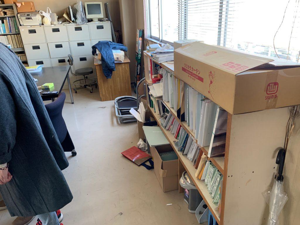 江東区オフィスビル一棟の残置物処分(オフィス家具)の処分の写真12