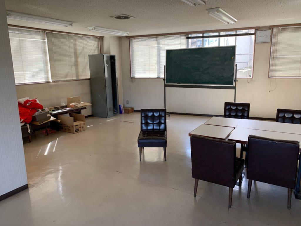 江東区オフィスビル一棟の残置物処分(オフィス家具)の処分の写真11