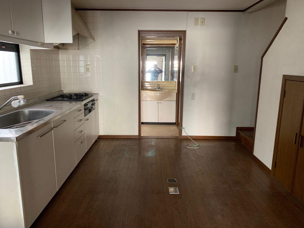 大田区三階建一軒家の残置物処分の写真3