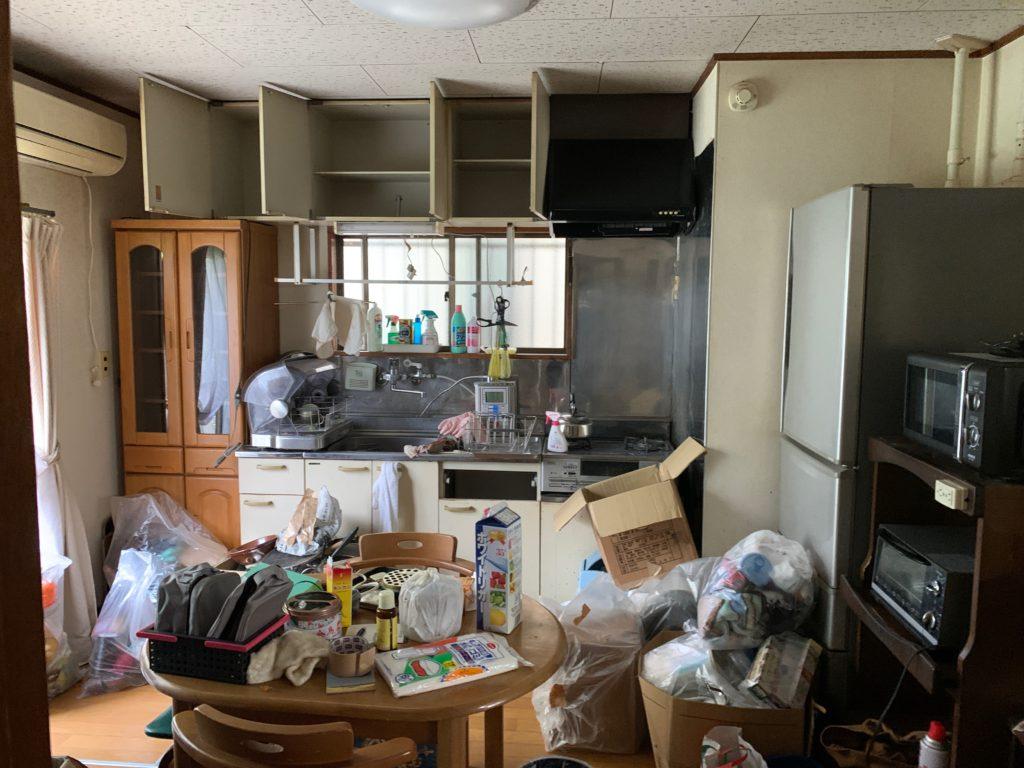 残置物処分前の写真(1Fキッチン)品川区