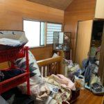 一軒家の残置処分前の写真(二階踊り場)品川区