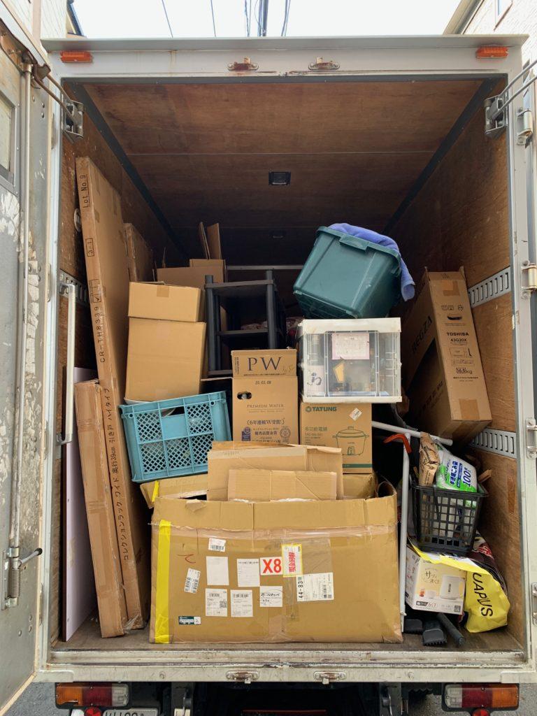 お引越し前の不用品を2tトラック一台パックにてお引き取りの写真(大田区)