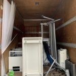 軽トラック一杯パックにて貸事務所のオフィス什器を回収の写真(港区)